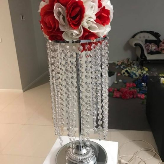 Crystal Tassle Lamp with Flowers