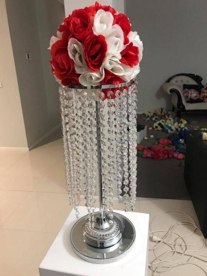 Crystal Tassle Lamp with Flowers